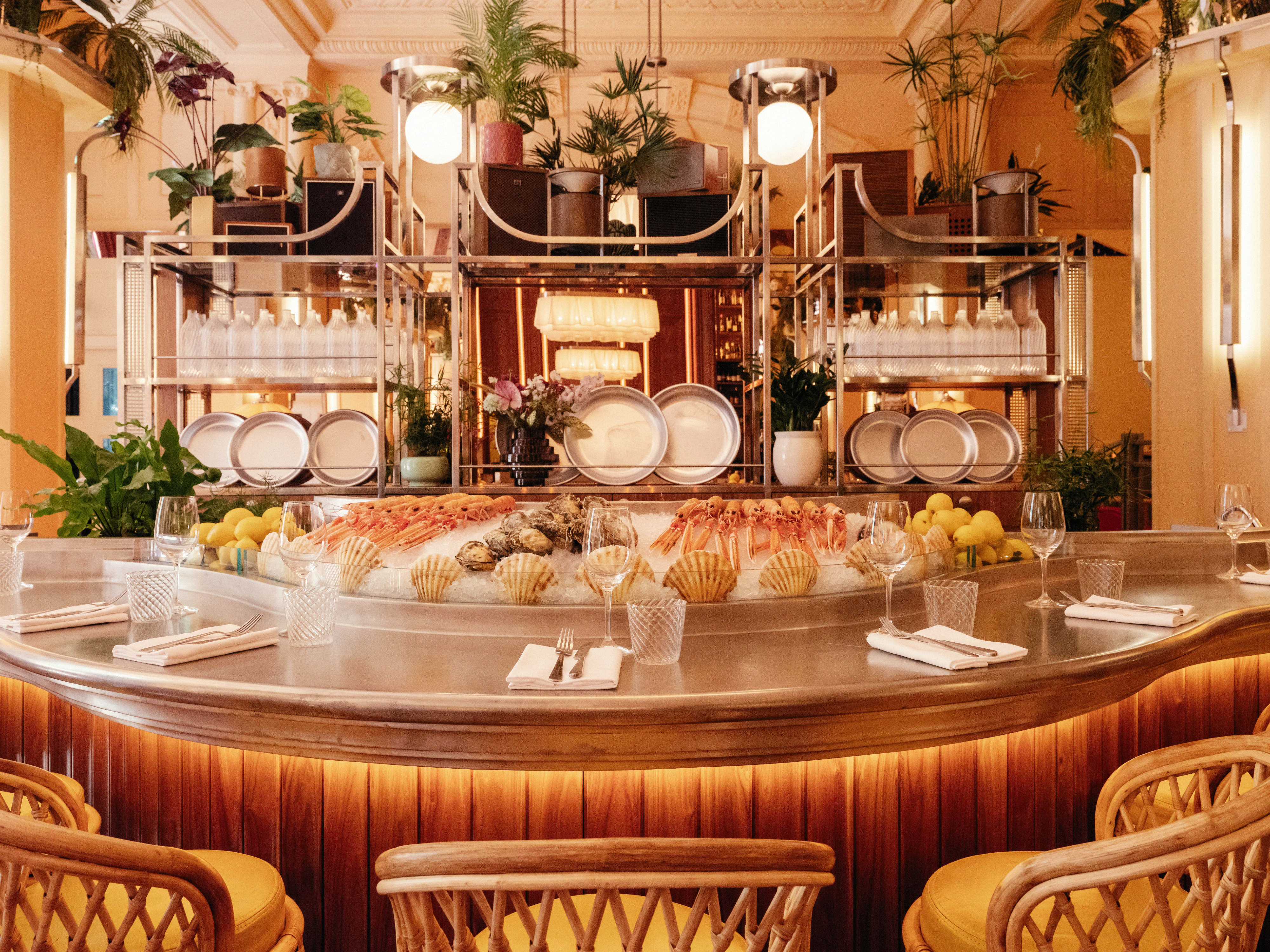 Dive Into Neptune Bloomsbury S Newest Seafood Restaurant Designcurial