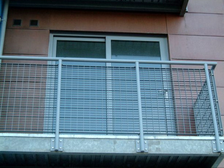 Galvanised Steel Balcony with Mesh Infill Panel