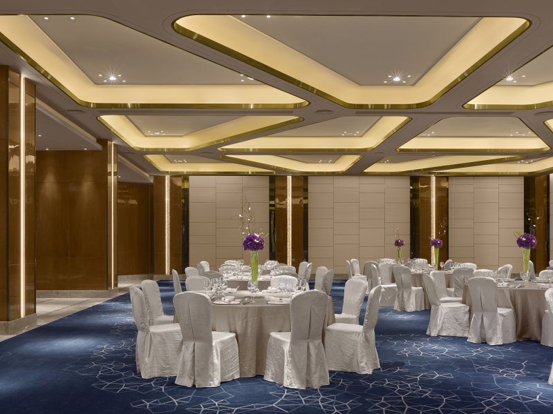 Spectacular Ballroom Uses Dr8s For Dynamic Lighting Solution