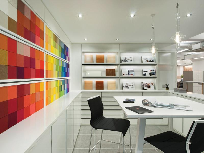 Resonate Interiors: Task Showroom - DesignCurial